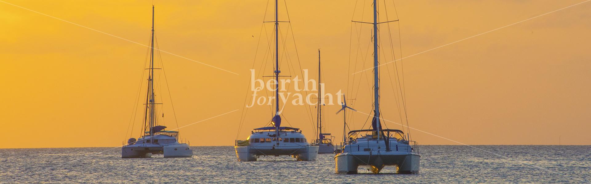 catamaran-slider-with-watermark