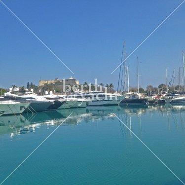 Emplacement pour Yacht à vendre port Vauban- Antibes- Côte d'Azur