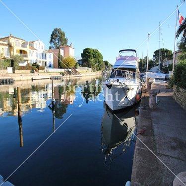 Emplacement pour Yacht à Vendre Port Cogolin  Golfe de Saint Tropez