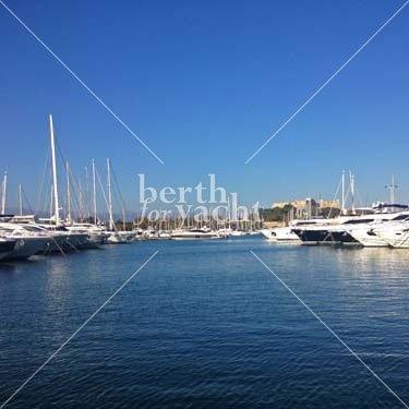 Emplacement pour Yacht à céder port Vauban Côte d'Azur