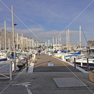 Emplacement pour Yacht à céder Port Marina Baie des Anges Côte d'Azur