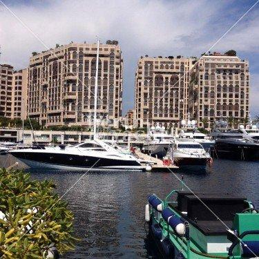 Emplacement pour Yacht à céder au port de Cap d'Ail
